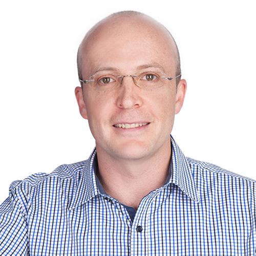 Dr Charl van Heerden